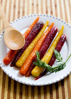 Butter, lemon and Madhava Organic Pure & Raw Honey give carrots a sweet and zesty taste that's sure to delight your guests on Easter Sunday.