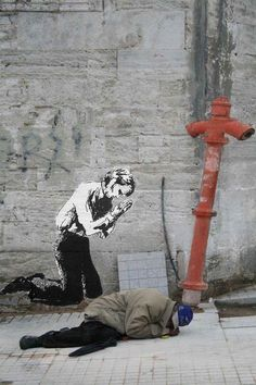 Street Art from #Istanbul - Who came first? (by the dirt floor)