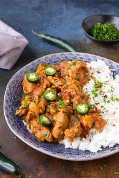5 Ingredient Chicken Tikka Masala - Pinch of Yum Chicken Tikka Masala, Poulet Tikka Masala, Pollo Tikka, Garam Masala, Aloo Gobi, Spicy Recipes, Indian Food Recipes, Asian Recipes, Cooking Recipes