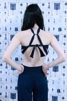 L'Heure Bleue de Noémie Devime Boutique MoonLook  Photo Pablo Campenella Mannequin Catherine Pyslar