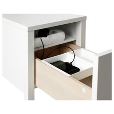 NORDLI Nightstand IKEA On the hidden shelf is room for an outlet strip for your chargers. Once again, well done Ikea! Bedside Table Ikea, Bedside Table Design, White Nightstand, Ikea Table, Drawer Inserts, Drawer Fronts, Ikea Nordli, Hidden Shelf, Bedroom Storage