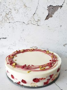 Pink & Berry : Málnás joghurttorta Fashion Cakes, Summer Desserts, Cakes And More, Cake Cookies, Wine Recipes, Oreo, Cookie Recipes, Food And Drink, Yummy Food