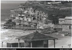 Bronte Baths in the eastern suburbs of Sydney in Bronte Beach, Historical Pictures, South Pacific, The Good Old Days, Old Photos, Paris Skyline, Mount Rushmore, Past, Ocean