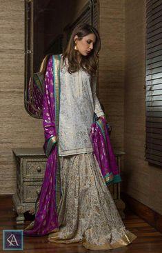17 Sharara Suits You Can Wear to Any Wedding Ceremony Asian Wedding Dress Pakistani, Pakistani Bridal Couture, Pakistani Formal Dresses, Pakistani Dress Design, Pakistani Outfits, Indian Dresses, Indian Bridal, Ethnic Outfits, Indian Outfits