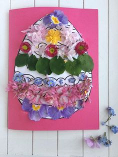 Easter nature craft A simple Easter craft and flower collage Easy crafts form nature easyeastercrafts Easter Arts And Crafts, Spring Crafts, Easter Activities, Craft Activities, Outdoor Activities, Crafts To Do, Easy Crafts, Collages, Diy Projects For Adults