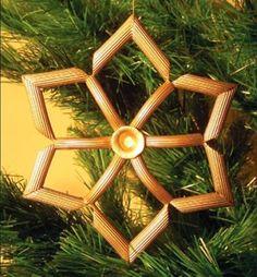 MENTŐÖTLET - kreáció, újrahasznosítás: Száraztészta karácsonyi díszek