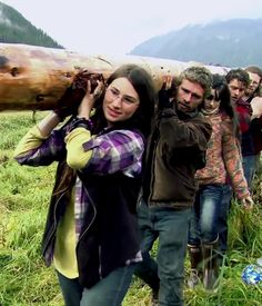 Beautiful Snowbird Brown, Alaskan Bush People