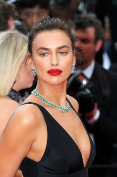 Irina Shayk in Twinset gown and Chopard jewels at Cannes 2018