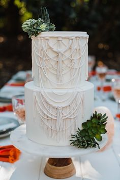 White Macrame Pie with Textured Succulents for Boho Desert Wedding C . - White Macrame Pie with Textured Succulents for Boho Desert Wedding Cha … – BOHO WEDDING – - Wedding Cake Designs, Wedding Cake Toppers, Wedding Cake Server, Bodas Boho Chic, Dream Wedding, Wedding Day, Orange Wedding, Wedding White, Wedding Ceremony