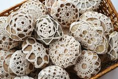 DIY Wedding Favors - Melt and Pour Soap & Crochet River Rocks Crochet Faces, Crochet Gifts, Diy Crochet, Crochet Doilies, Crochet Wedding Favours, Unique Wedding Favors, Crochet Stone, Crochet Ball, Wedding Gifts For Guests