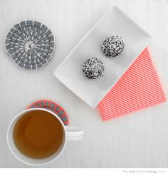 MAKE IT | GIVE IT  ::  Fabric Coil Coasters