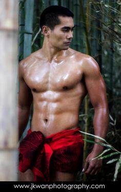 Sexy polynesian men