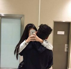 Image about love in Couple goals by 𝐬𝐚𝐭𝐲𝐚🕊 on We Heart It Couple Goals Relationships, Relationship Goals Pictures, Healthy Relationships, Couple Photography, Photography Poses, Cute Couple Pictures, Couple Photos, Tumblr Couples, Ulzzang Couple