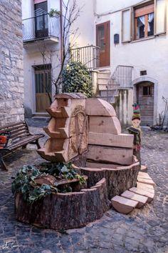 Bella, Firewood, Texture, Crafts, Italia, Surface Finish, Woodburning, Manualidades, Handmade Crafts