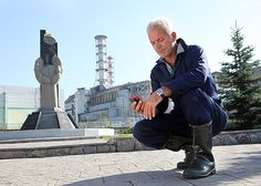 Season Atomic Assassin: Jeremy Wade travels to Chernobyl to investigate an assassin of the deep. See pictures of the Wels catfish he uncovers. Jeremy Wade, John Wade, Wels Catfish, Wading River, River Monsters, Cat Boarding, Chernobyl, Harley Quinn, The Man