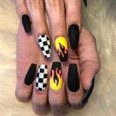There are three kinds of fake nails which all come from the family of plastics. Acrylic nails are a liquid and powder mix. They are mixed in front of you and then they are brushed onto your nails and shaped. These nails are air dried. Matted Nails, Checkered Nails, Black Coffin Nails, Cute Black Nails, Nail Black, Black Glitter, Pink Coffin, Glitter Bomb, Glitter Wine