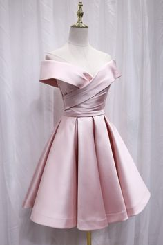 Cute Satin Pink Sweetheart Off Shoulder Knee Length Party Dress, Short Prom Dress After Prom Dresses, Pink Prom Dresses, Pink Dress, Short Dresses, Freshman Homecoming Dresses, Graduation Dresses, Latest Dress Trends, Mode Turban, Short Prom