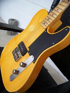 """Oh yeah... La Cabronita style w/ a single P90.  So beautiful.  Should probably rename this board """"Teles""""."""
