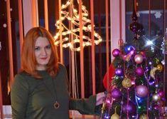 Tort de biscuiti cu crema de ciocolata si rom - Retete Timea Deserts, Christmas Tree, Holiday Decor, Mousse, Caramel, Teal Christmas Tree, Sticky Toffee, Candy, Postres