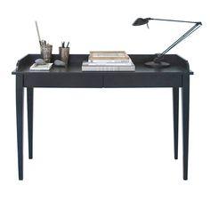 Skrivbord Oliver Furniture | hos Möbelvärlden.se  Console table by Oliver Furniture Denmark.   www.oliverfurniture.com