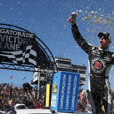 Make it four straight for the No. 4 car in Phoenix. The King of Phoenix remained firmly atop his throne.     Kevin Harvick is seemingly unstoppable early this season, and that trend continued on Sunday as he captured his second consecutive victory...