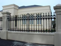 Horizontal Fence Design fence and gates on a budget.Fence And Gates On A Budget. Front Yard Fence, Fence Gate, Fence Panels, Low Fence, Horse Fence, Farm Fence, Railing Design, Fence Design, Door Design