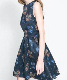 Vestido Blue Flora  Brinde= uma joia em prata,nas compras acima de R$200,00, na Leona Secrets