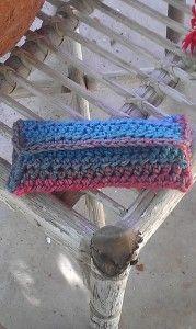 EyeGlass Caddy - free pattern from Crochet Spot