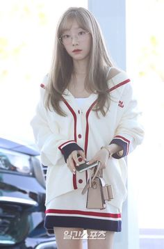 Best 11 Taeyeon – Page 502151427203394840 Snsd Airport Fashion, Taeyeon Fashion, Girl's Generation, Girls' Generation Taeyeon, Jessica Jung, Sooyoung, Yoona Snsd, K Pop, Asian Woman