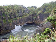To the west of Maruia Falls between Greymouth and Westport was the attractive Pancake Rocks at Punakaiki, which also featured natural sea arches and blowholes