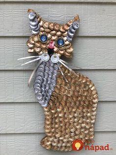 Diy Bottle Cap Crafts 155303887139332962 - Bottle Cap Art – Elegant Cat Source by etsy Diy Bottle Cap Crafts, Beer Cap Crafts, Bottle Cap Projects, Cork Crafts, Resin Crafts, Diy Crafts, Beer Cap Art, Beer Bottle Caps, Beer Caps