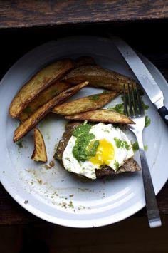 Churrasco {Ecuadorian Steak and Eggs with Green Chili Sauce} Dairy Free, Gluten Free | ¡HOLA! JALAPEÑO
