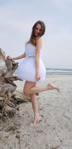 Girls Dresses, Flower Girl Dresses, Wedding Dresses, Flowers, Fashion, Dresses Of Girls, Bride Dresses, Moda, Dresses For Girls