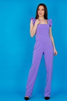 Γυναικεία ολόσωμη φόρμα με βολάν στους ώμους   trendyfashion.gr