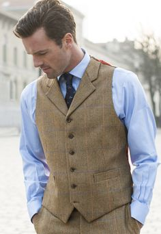 Ackroyd Three Piece 100 Johnstons Of Elgin Wool Country Check Suit Waistcoat £200.00 AT vintagedancer.com