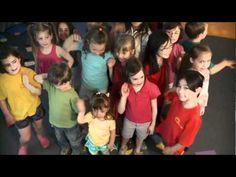 La danse des carrés pour apprendre le concept des formes géométriques French Teaching Resources, Teaching French, Ontario Curriculum, 2d And 3d Shapes, Media Communication, French Songs, French Education, Core French, French Immersion