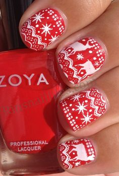 Christmas sweater nails, why can't I be this good at nails or even find a salon to do it!!