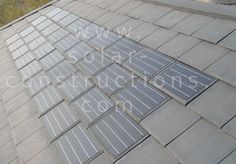 solar slate, slate roof with integrated solar cells Solar Energy Panels, Best Solar Panels, Solar Solutions, Solar Roof Tiles, Renewable Sources Of Energy, Solar Projects, Solar Panel Installation, Solar Charger, Solar Energy System