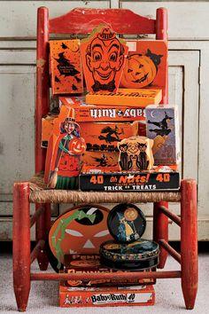 1940goodhousemag Vintage Halloween Cards, Vintage Halloween Decorations, Vintage Birthday Cards, Retro Halloween, Halloween Items, Halloween Party Decor, Vintage Holiday, Halloween Makeup, Halloween Costumes