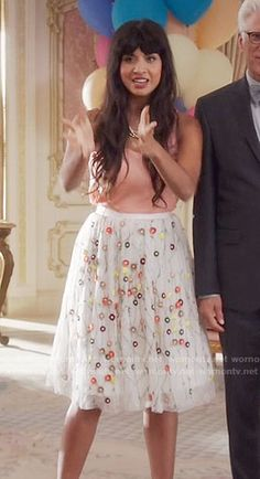 Tahani's white floral embroidered skirt on The Good Place. Outfit Details: https://wornontv.net/63095/ #TheGoodPlace