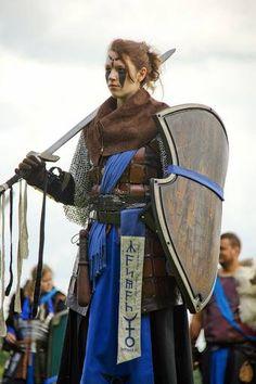 Bij de Vodu'kar zie je vaak vrouwen in hoge, militaire rangen.