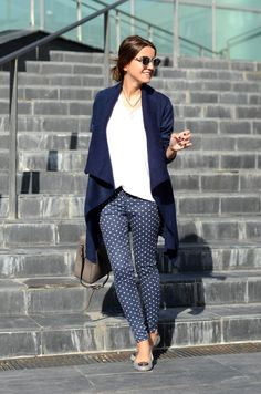 Upgrade your daily denim with print and a cozy cardi. Source: Lovely Pepa