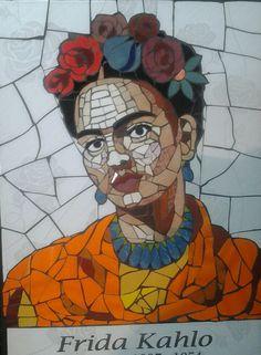 """Frida Kahlo en mosaico por Gisela Flores Q. gisela""""chely""""floresq@hotmail.com"""