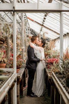 Handmade California Greenhouse Wedding at Shelldance Orchid Garden | Junebug Weddings