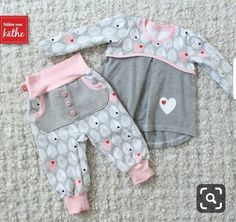 Baby Clothing sewn-by-kaethe …: sewing, sewing machine, baby, girl, pants K … - Kindermode Sewing Kids Clothes, Baby Clothes Patterns, Sewing For Kids, Doll Clothes, Vêtements Goth Pastel, Baby Girl Fashion, Kids Fashion, Vêtement Harris Tweed, Baby Outfits