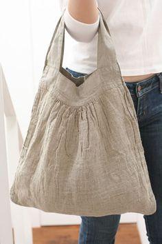 nice bag shape - キャミバッグ|Lino e Lina オンラインストア Amo Jeans, Sack Bag, Boho Bags, Linen Bag, Fabric Bags, Cloth Bags, Handmade Bags, Beautiful Bags, Look Fashion