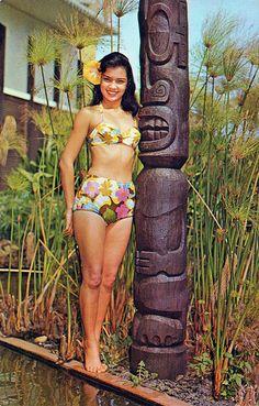 Miss Kauai and Tiki - Hawaii Vintage Tiki, Vintage Hawaiian, Vintage Travel, Vintage Retro, Hawaiian Luau, Vintage Style, Rockabilly, Kitsch, Tiki Art