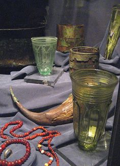 A Century Pilgrim's Progress: More fabulous viking artifacts from the Historisk Museum Glasses Viking Life, Viking Art, Viking Reenactment, Viking Glass, Viking Culture, Medieval, Old Norse, Early Middle Ages, Archaeological Finds