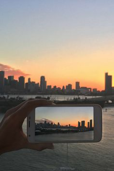 Capturing beautiful city skylines and sharing it instantly. Polaroid unlocked smartphones allow you to instantly connect with family and friends, without being locked into a contract.