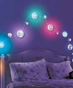 Need to get my daughter to sleep by herself! Maybe this will work!! Loving this Frozen Snow & Ice Light Vine on #zulily! #zulilyfinds
